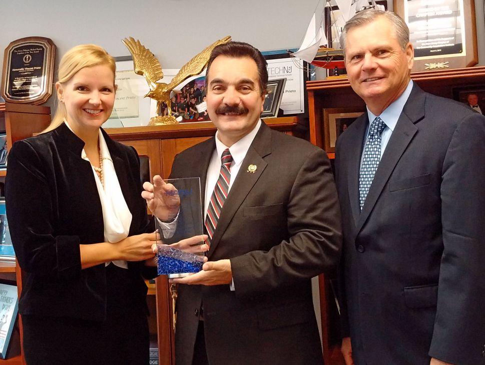 Sweeney, Prieto Receive Award from Hospital Alliance