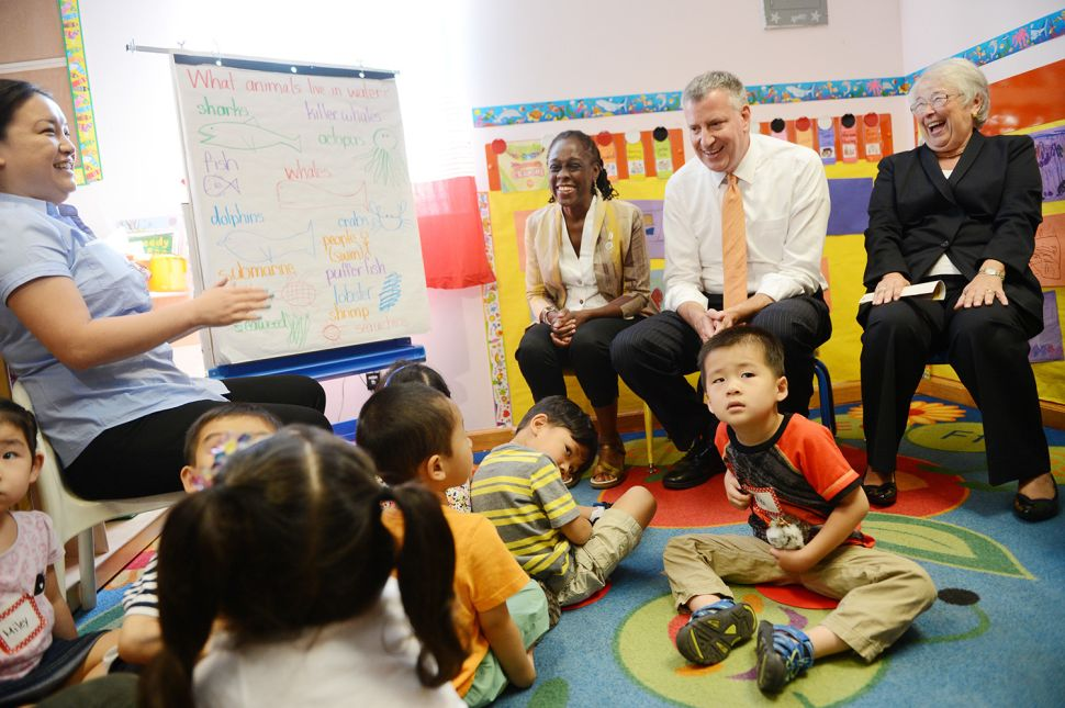 De Blasio Announces Six Weeks of Paid Parental Leave for 20,000 City Workers
