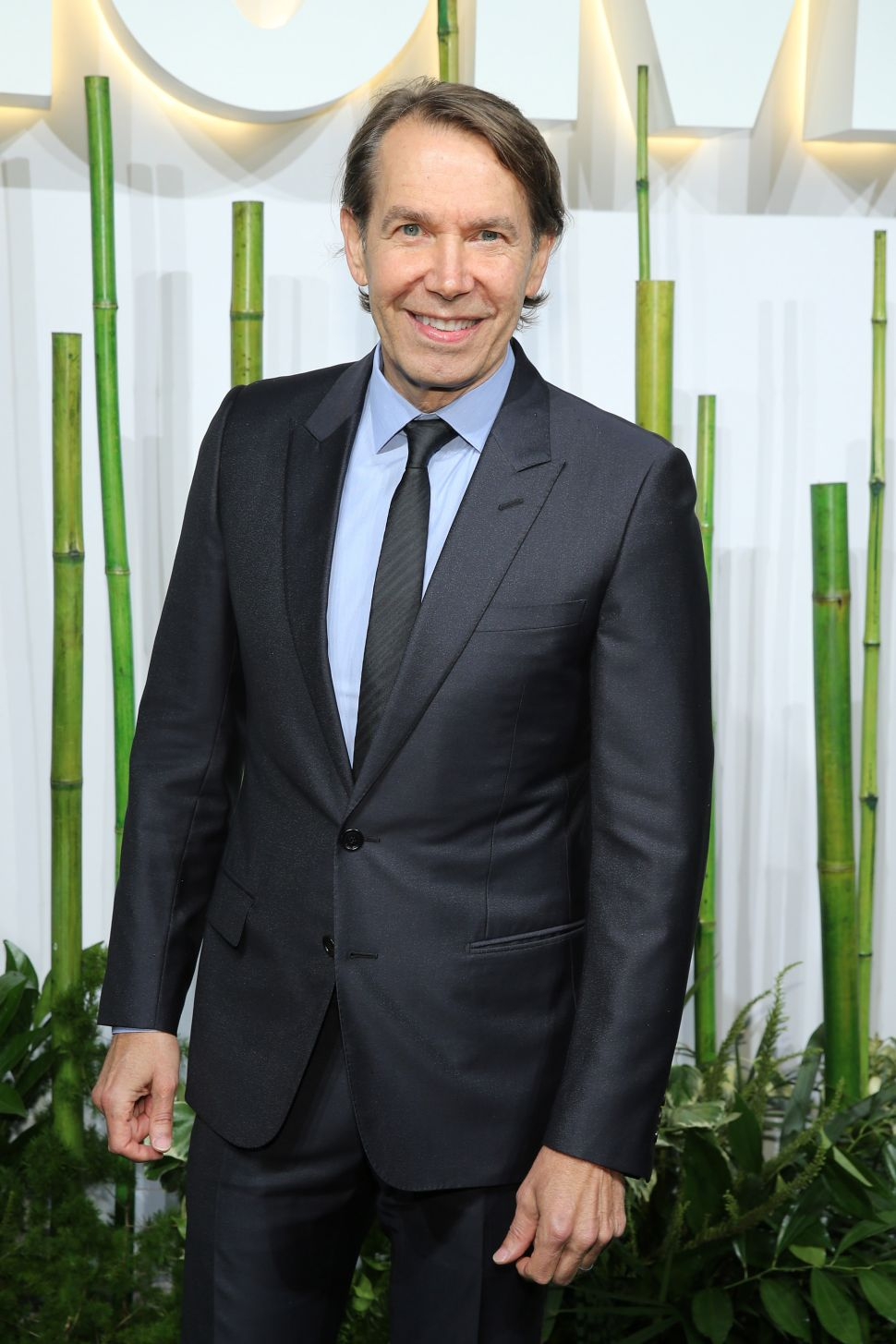 Jeff Koons Sued Again, UK Searches for Lost Public Art, and More