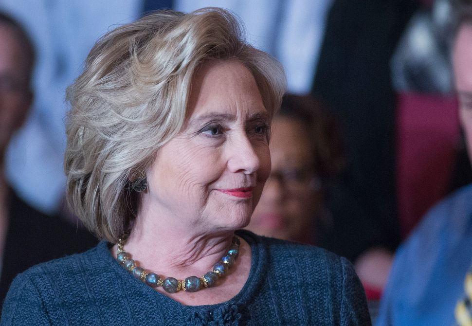 Why Hillary Clinton Is Completely Oblivious to the Disappearing American Middle Class
