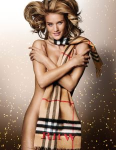Rosie Huntington-Whiteley in her festive scarf shot by Mario Testino (Photo: © Copyright Burberry/Mario Testino).