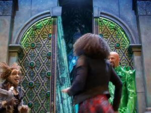 Elijah Kelley, Shanice Williams and Common in NBC's The Wiz Live! (Photo: Screenshot/Youtube)