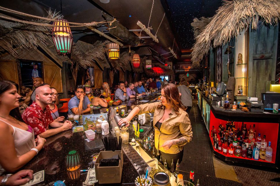 Diary of The Golden Tiki: 16 Hours in Las Vegas' Tropical All-Night Bar