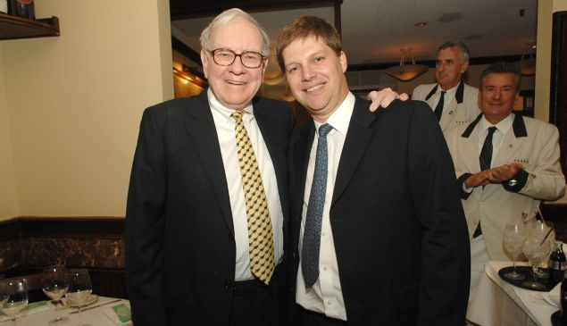 Guy Spier paid $650,100 to have lunch with Warren Buffett. (Photo: Courtesy Guy Spier)