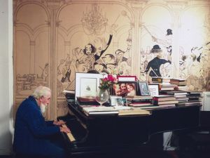 Al Hirschfeld in his living room at 122 East 95th Street, photographed by Jill Krementz on December 4th, 1971.