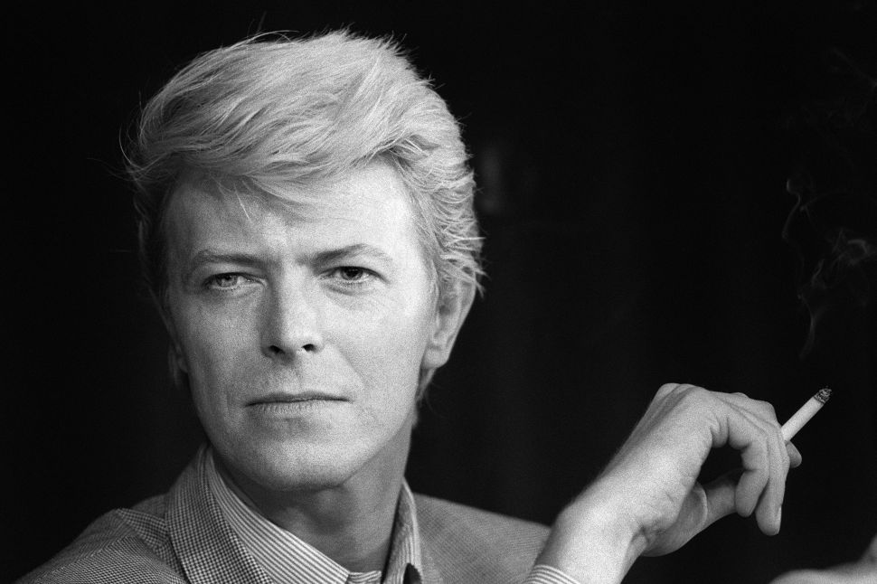 Tributes to David Bowie Spring Up Across New York