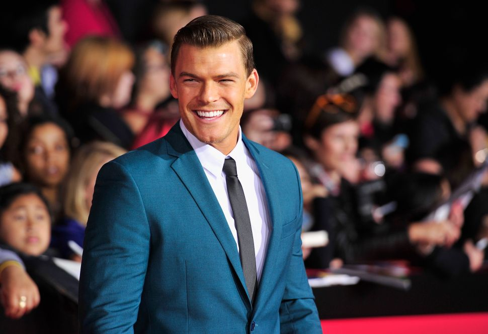 Alan Ritchson Talks 'Rise of Thadland,' Netflix, and Eating Goat Testicles