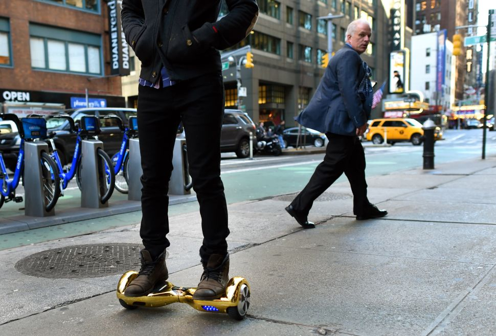Afternoon Bulletin: MTA Bans Hoverboards, Jets Settle Lawsuit and More