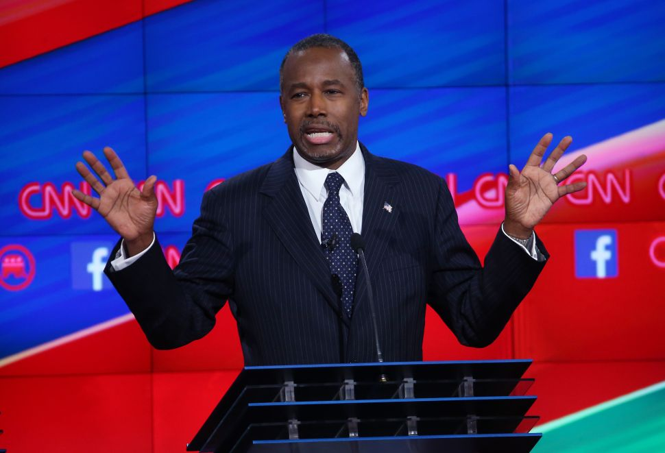 After Embarrassing Departures, Ben Carson Adds and Juggles Staff