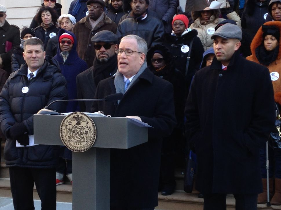 Comptroller Says City's Minority and Women-Owned Business Program 'More of the Same'
