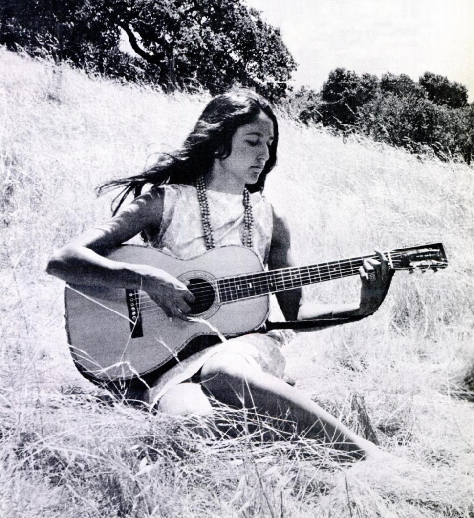 Joan Baez Celebrates Her 75th Birthday (and a Cause) at Beacon Theatre