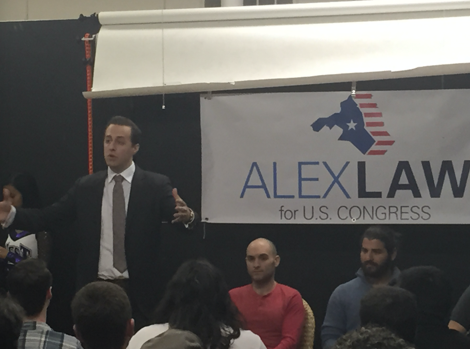 Alex Law Prepares Volunteers for Final Months of Campaign