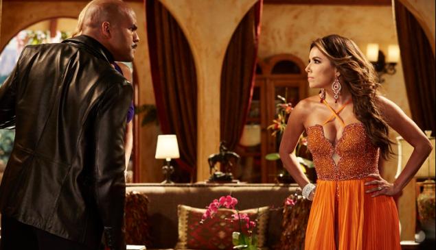 """TELENOVELA -- """"The Kiss"""" Episode 104 -- Pictured: (l-r) Amaury Nolasco as Rodrigo Suarez, Eva Longoria as Ana Sofia Calderon -- (Photo by: Ben Cohen/NBC)"""