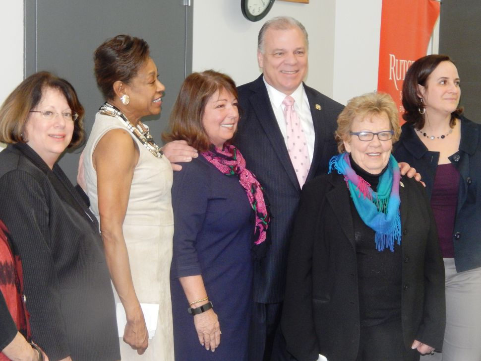Equal Pay for Women Bill is Prep Work for Next Guv, Say Sweeney and Weinberg