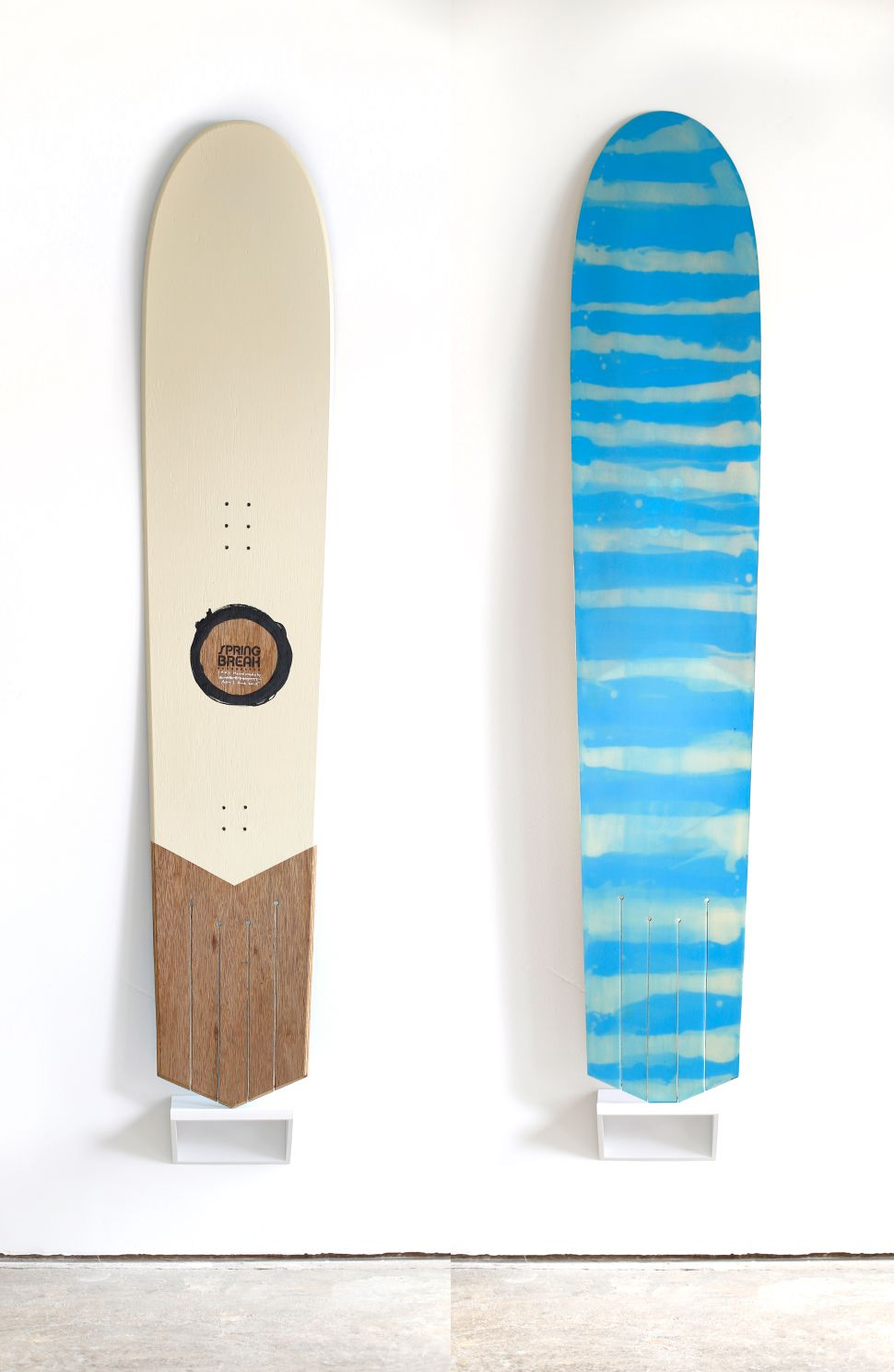 Surf the Snow With This Retro Japanese Board