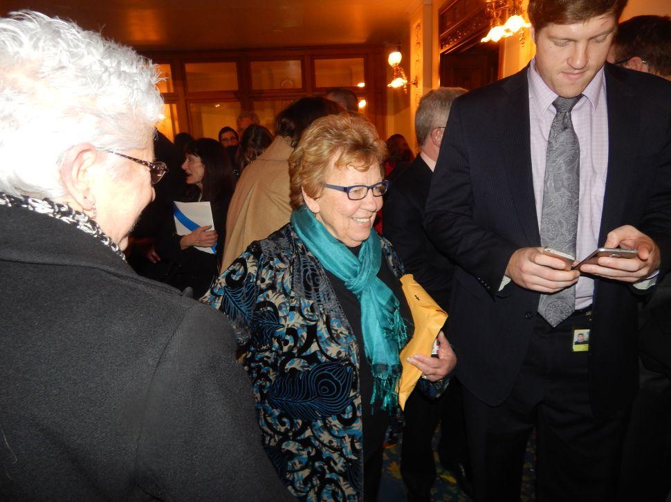 Weinberg Backs Booker for VP on Clinton Ticket