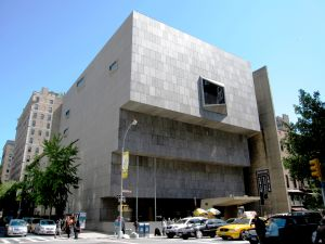 Opening of The Met Breuer, Madison Avenue and 75th Street, New York City, March 2016. (The Met Breuer. Photo: Courtesy of Wiki Commons)