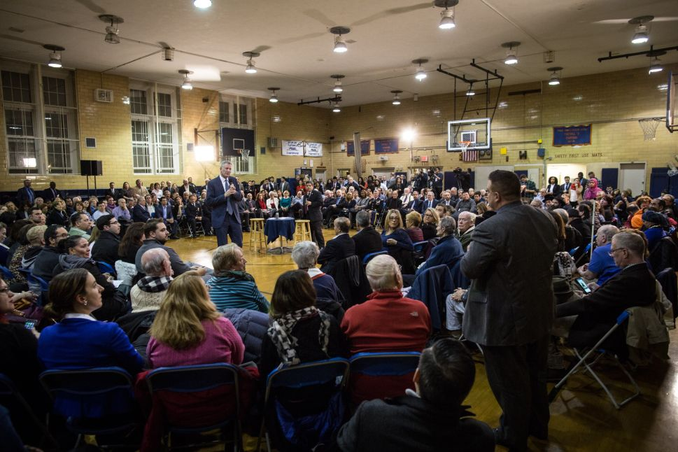 De Blasio Backs 'Serious Overhaul' of Property Taxes at Brooklyn Town Hall