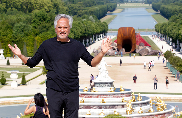 Anish Kapoor Given Rights to Pure Black, Rauschenberg Images Go Fair Use—and More