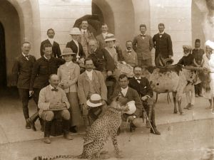 A group of colonials photographed with a pet cheetah during the days of the British Raj. (Photo by Hulton Archive/Getty Images)