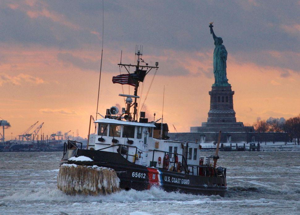Afternoon Bulletin: Coast Guard Members Capsize, Chinatown Staple Bids Farewell