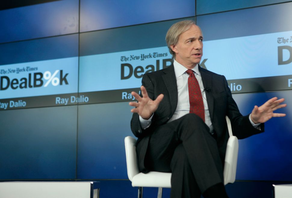 Legendary Investor Ray Dalio: Pay Attention to the Dullest Economic Indicator