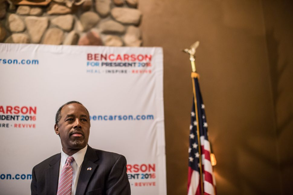 Ben Carson Is Leaving Iowa for 'Fresh Clothes'
