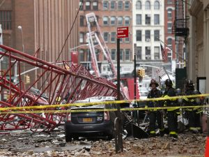 A general view of a massive construction crane that collapsed on a street in downtown Manhattan in New York on February 5, 2016. (KENA BETANCUR/AFP/Getty Images)