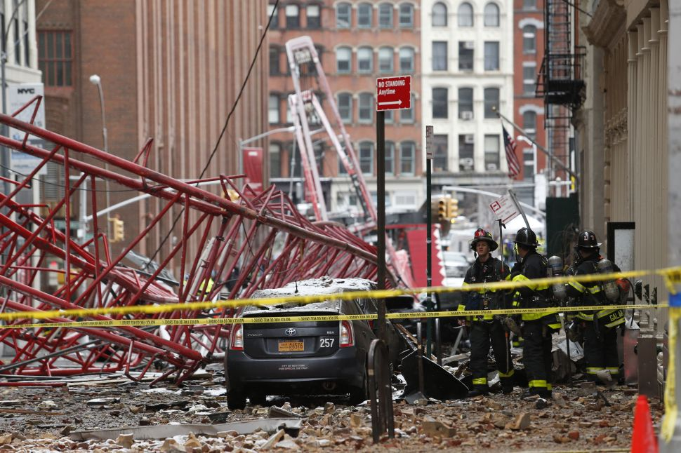 Crane Collapse in Lower Manhattan Leaves 1 Dead