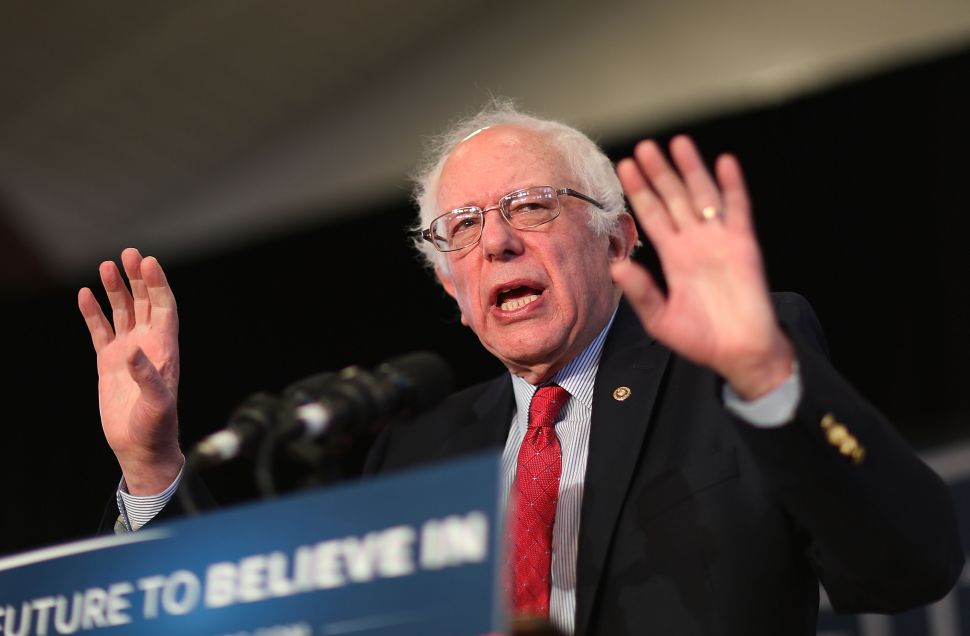 Do You Yearn for the Bern? There's a Dating Site for That