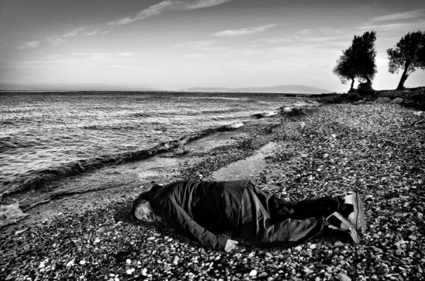 Ai Weiwei Receives Backlash for Mimicking Image of Drowned 3-Year-Old Refugee