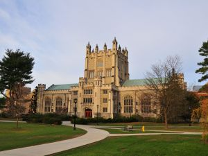 Vassar College campus. (Photo: Jim Mills/Wikimedia Commons).