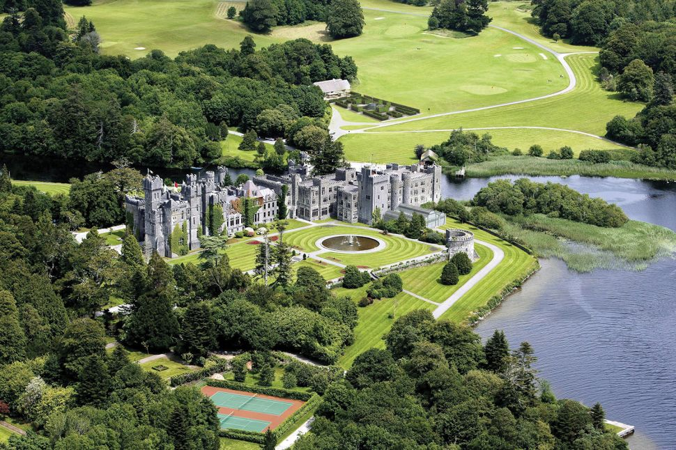 Get Your Goth On or Your Downton Abbey Fix With a Stay At This Irish Castle