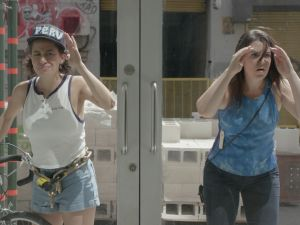 Abbi Jacobson and Ilana Glazer in Broad City.