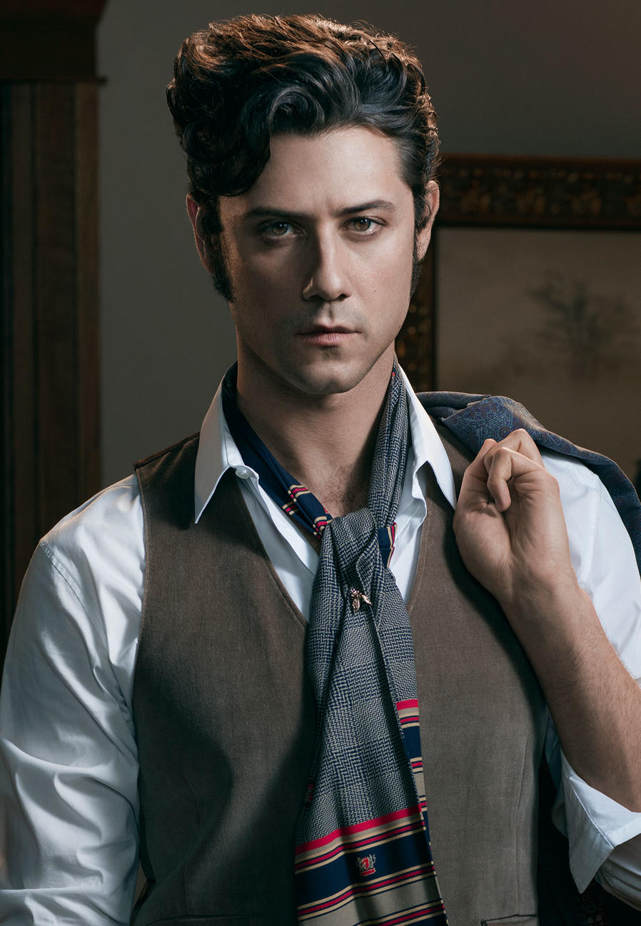 Hale Appleman of 'The Magicians' Talks Acting, Sex, and Other Interests