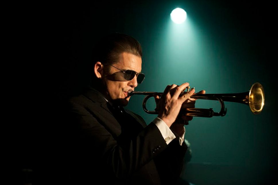 Ethan Hawke as Chet Baker in 'Born to Be Blue' Misses the Beat