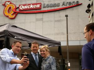 Republican presidential candidate Sen. Rand Paul (R-KY) and his wife Kelley Ashby pose for a photograph outside The Quicken Loans Arena August 6, 2015 in Cleveland, Ohio. The arena will host the first debate of the 2016 Republican presidential campaign. (Photo by Chip Somodevilla/Getty Images)