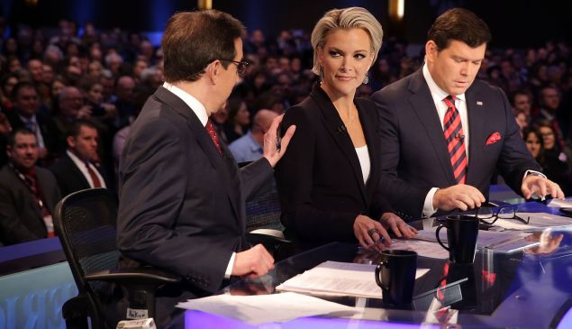 FoxNews personalities Chris Wallace, Megyn Kelly and Brett Baier on January 28, 2016 in Des Moines, Iowa.
