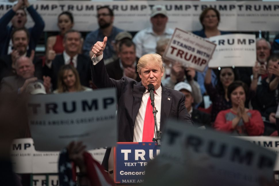 Donald Trump Towers Over Rivals in Mississippi
