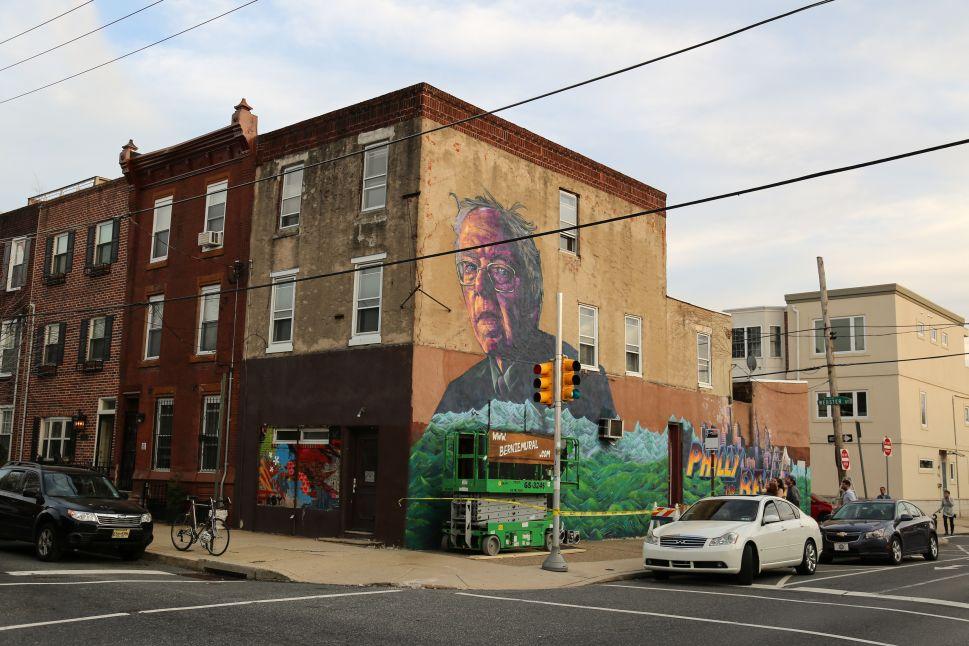 Five 'Political Revolution' Powering Bernie Sanders Murals Crush the Street Art Primary