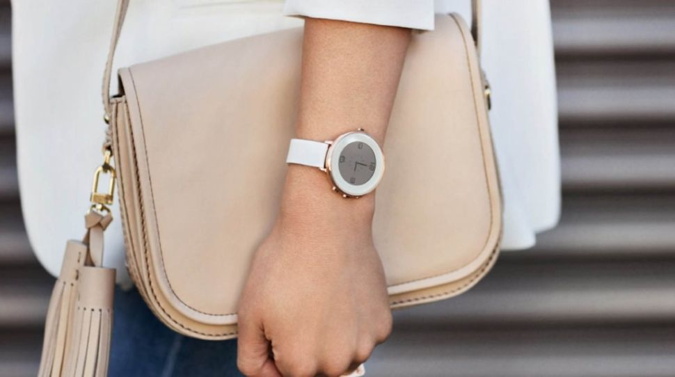 Pebble Round is the Thin, Elegant Smartwatch You'll Actually Want to Wear