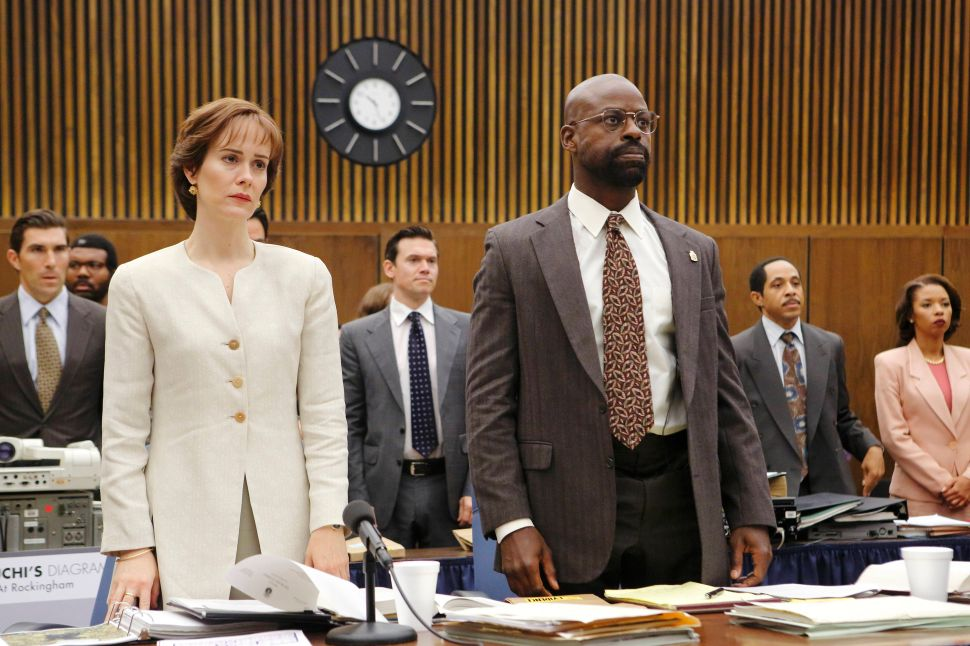 'The People V. O.J. Simpson: American Crime Story' Latecap 1×07: 2 Tickets to Oakland