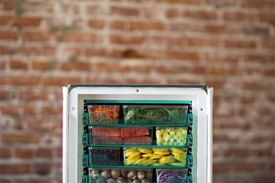 This New Blue Apron Competitor Ships Your Ingredients In a Wireless Mini Fridge