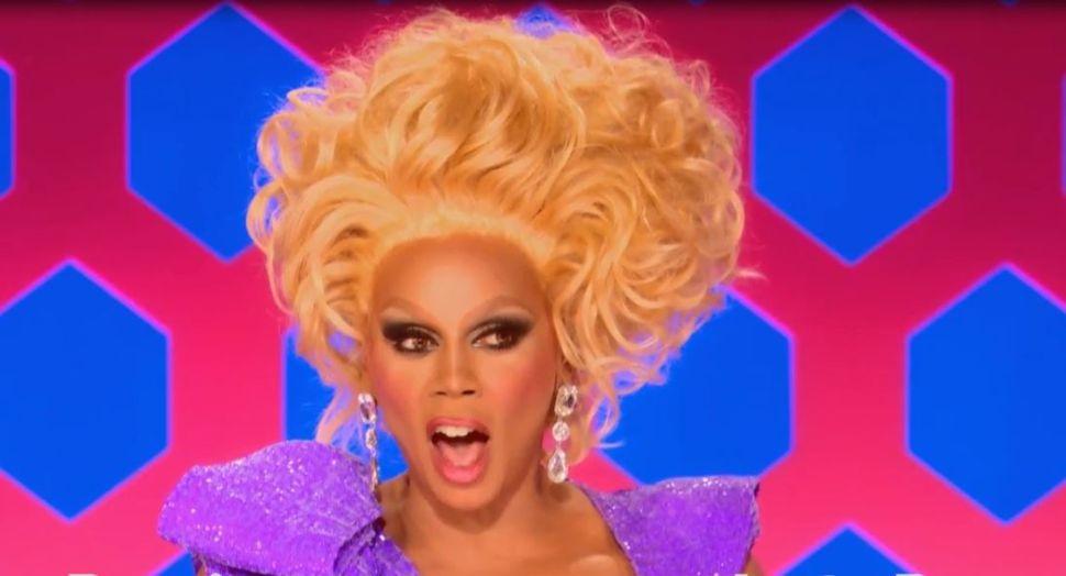 'RuPaul's Drag Race' Recap 8×07: Oh No She Better Vote