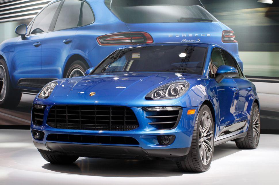 Automobile Review: Porsche Macan