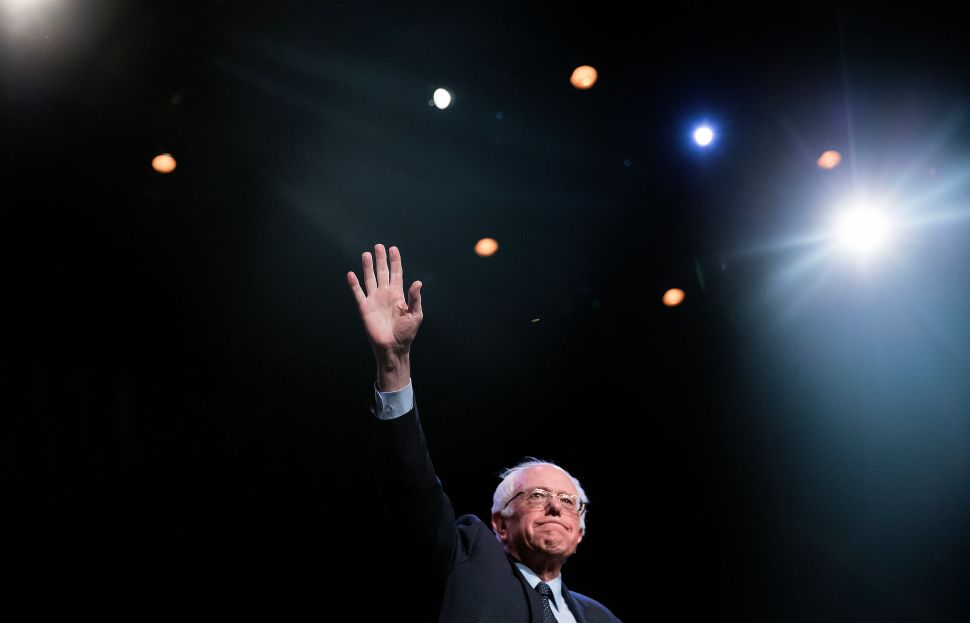 Bernie Sanders Berated With Questions About 'Zionist Jews' at Harlem Forum