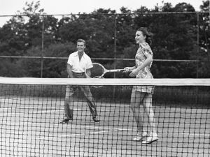 UNITED STATES - CIRCA 1950s: Couple playing tennis. (Photo by George Marks/Retrofile/Getty Images)