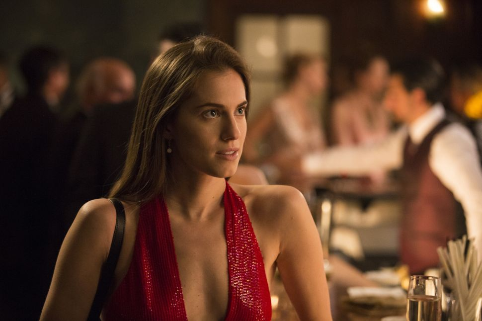 Scarlet Fever: The Power of Red in 'Girls' and 'American Crime Story'