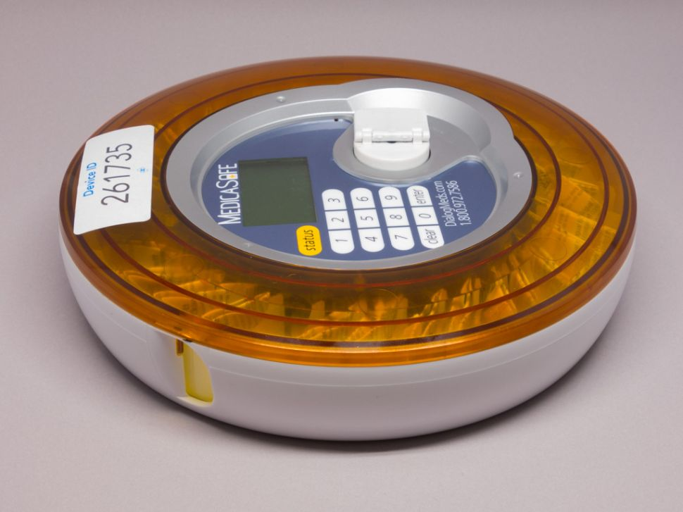 Can a Smart Pill Dispenser Curb Prescription Drug Overdoses?