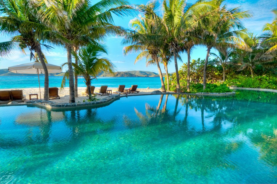 (Private) Island Hopping: The Ultimate Luxury